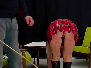 Schoolgirl ass turns red from caning