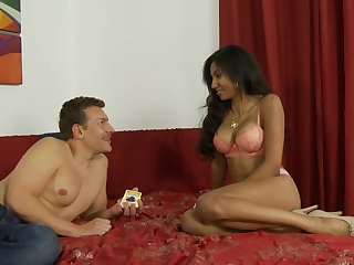 Exotic beauty Sadie Santana craves a creampie