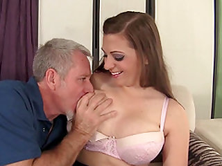 Full Figured Jessica Roberts Uses Her Big Boobs and Pussy to Please a Guy
