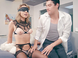 Blindfolded chick Lily Labeau enjoys a nasty double penetration game