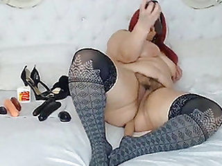 Horny redhead lady squirt all over the place from her big wet hairy pussy