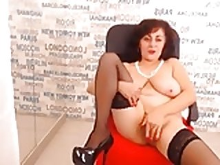 Spanish mature masturbation