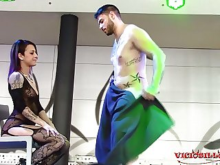 Striptease de MAgic Javi con Jesyka Diamond FEDA 2017