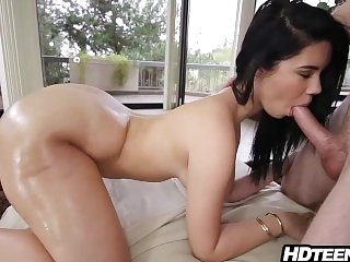 Teen with amazing big ass blowjob and fucking