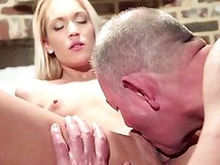 Teenie leaves grandpa to fuck her for good