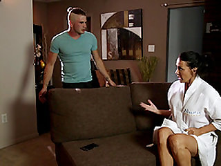 MILF masseuse Reagan Foxx is the best at giving Nuru massages