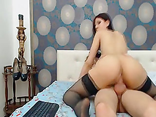 Hot Teen Couple Enjoys Fucking on Cam