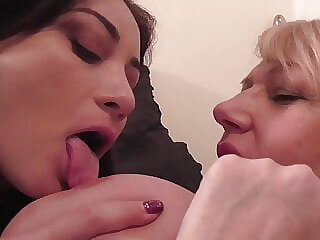 55YO mom Amy seduce cute Valentina Bianco