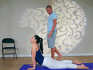 Petite yoga babe Mandy Muse takes cum in her thirsty slutty mouth