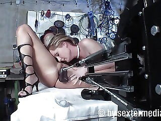 Milf lesbians are on fucking machines