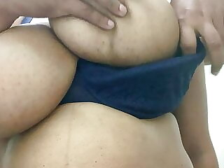 Huge boobs malls Aunty today part 2