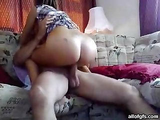 Hardcore Amateur Sextape on the Couch with a Blowjob