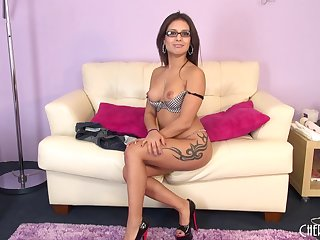 With just her glasses on, Jynx Maze gets naughty on cam